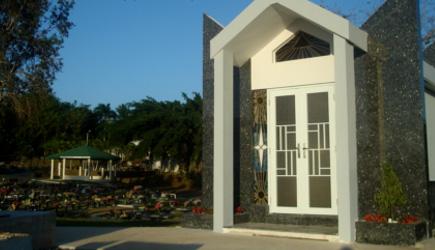 Los angeles memorial park guaynabo for Cementerio jardin memorial
